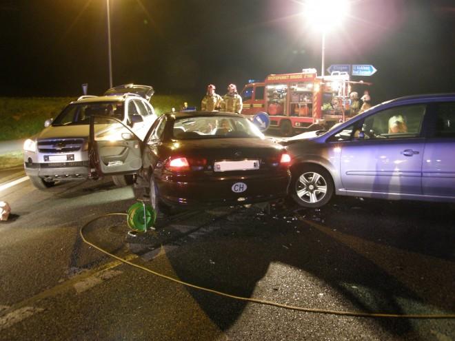 Verkehrsunfall bei Strassenverzweigung